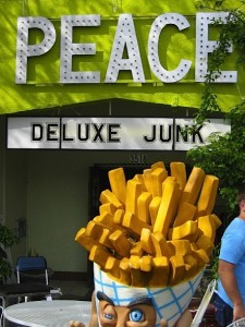 Peace or deluxe junk