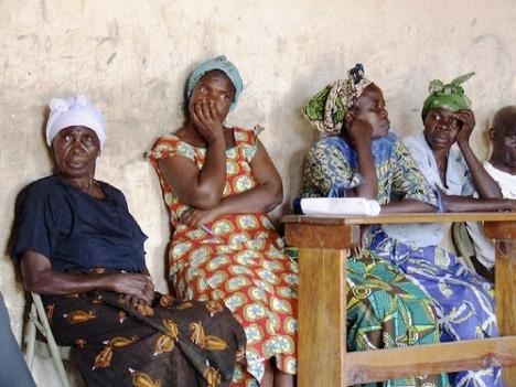 African women - photo by Matt Freer